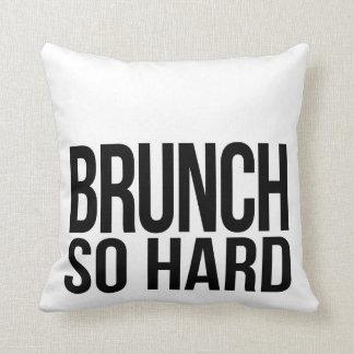Preto tão duro & branco da refeição matinal travesseiro