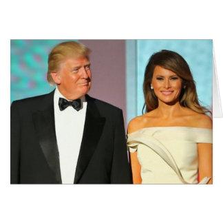 Primeiramente casal Donald e inauguração do trunfo Cartão Comemorativo