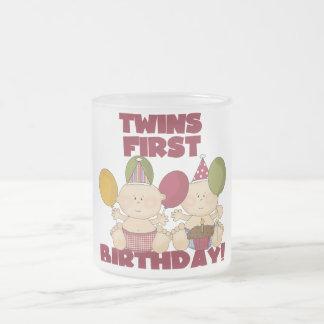 Primeiro aniversario dos gêmeos - t-shirt e caneca de vidro fosco