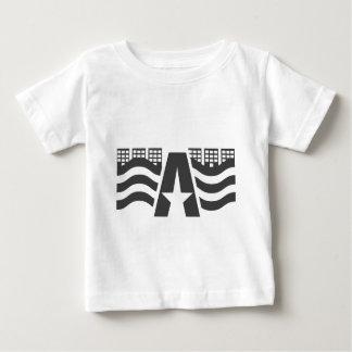 Primeiro nome de letra - uma paisagem da cidade camiseta para bebê