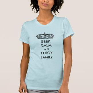 Procure calmo e aprecie o t-shirt da família