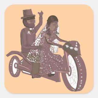 Produtos do casamento do motociclista adesivo quadrado