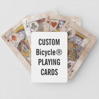 Projete seus próprios cartões de jogo feitos sob baralho