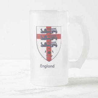 Protetor dos leões do futebol três de Inglaterra Caneca De Cerveja Vidro Jateado