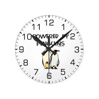 Psto por pinguins relógios de pendurar