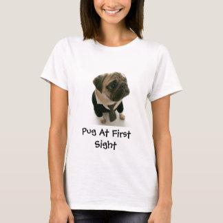 Pug na primeira vista tshirts