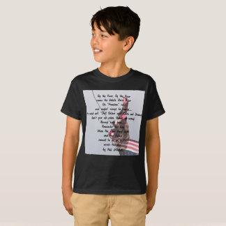 Quarto dos miúdos do t-shirt de julho