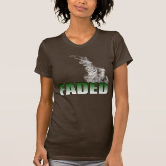 Queimadura desvanecida t-shirts