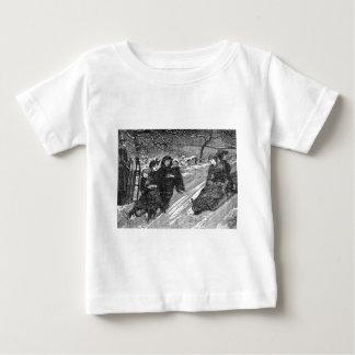 Raça do trenó do Natal da família do Victorian do Camisetas