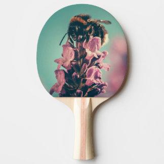 Raquete De Ping Pong Cenário bonito da natureza da flor da abelha