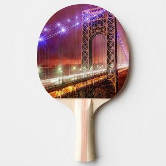 Raquete De Ping-pong Uma opinião ventosa e chuvosa da noite do forte
