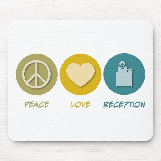 Recepção do amor da paz mousepads