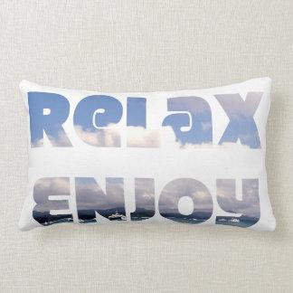 """""""Relaxe & aprecie"""" o travesseiro"""