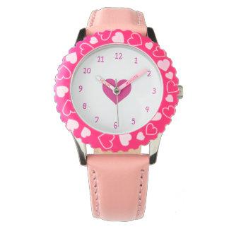 Relógio cor-de-rosa do coração do amor