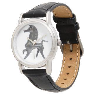 Relógio de couro preto feito sob encomenda de