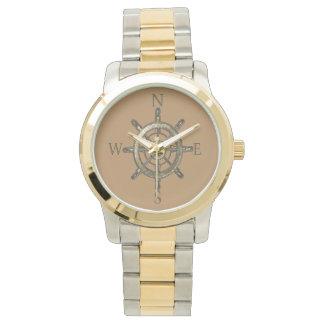 Relógio De Pulso Roda dourada do compasso