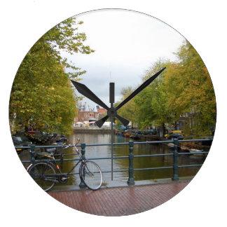 Relógio Grande Canal de Amsterdão