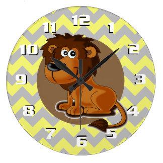 Relógio Grande Leão dos desenhos animados no berçário bonito do