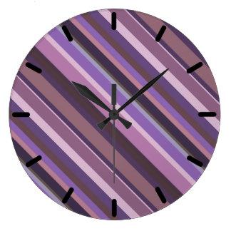 Relógio Grande Listras diagonais malva