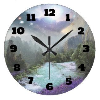 Relógio Grande Paisagem cénico da fantasia com rios e montanhas