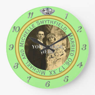 Relógio Grande Verde da aliança de casamento do diamante da foto