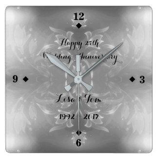 Relógio Quadrado Aniversário de casamento de prata da flor elegante