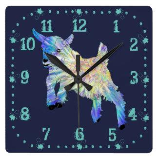 Relógio Quadrado Cabra bonito colorida do bebê que salta a arte