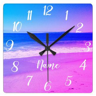 Relógio Quadrado Cena personalizada da praia de Ombre do rosa do