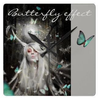 Relógio Quadrado Efeito de borboleta