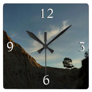 Relógio Quadrado Paisagem solitária do por do sol de Califórnia do