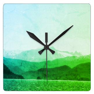 Relógio Quadrado Pulso de disparo verde das montanhas