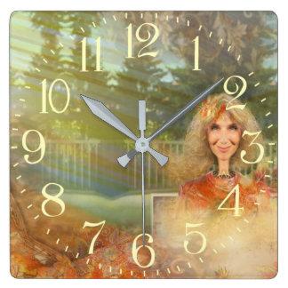 Relógio Quadrado Queda do conto de fadas