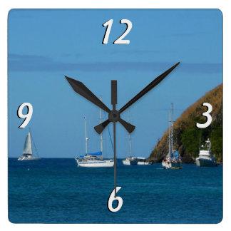 Relógio Quadrado Veleiros no náutico branco e azul da baía