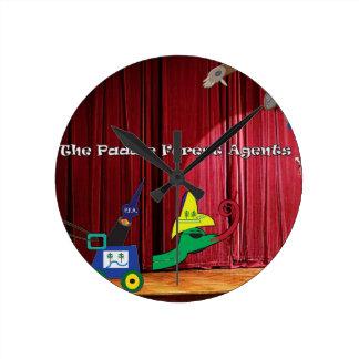 Relógio Redondo A mostra do talento dos agentes da floresta da pá