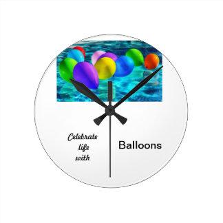 Relógio Redondo balões