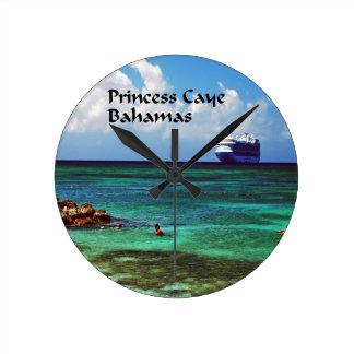 Relógio Redondo Navio de cruzeiros entrado em uma ilha exótica