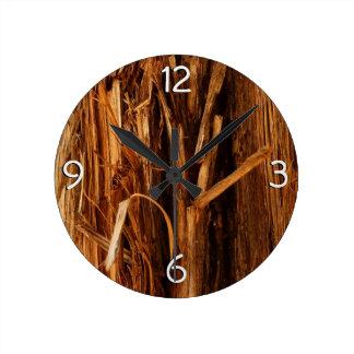 Relógio Redondo O cedro Textured o olhar de madeira do latido