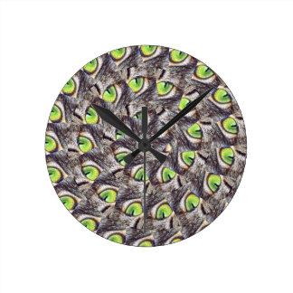 Relógio Redondo Teste padrão verde do abstrato da espiral do olho