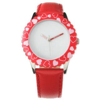 Relógio vermelho de aço inoxidável dos corações,