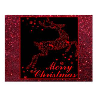 Rena do Feliz Natal no cartão vermelho Cartão Postal