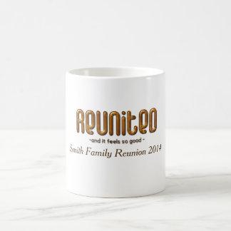 Reunião de família feita sob encomenda reunida caneca de café