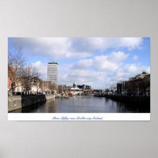 Rio Liffey & cidade Ireland de Salão Dublin da lib Poster