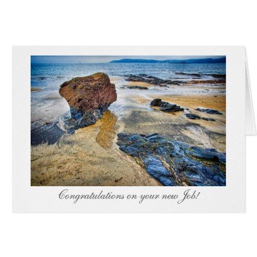 Rocha da praia - parabéns em seu trabalho novo cartao