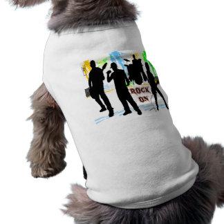 Rocha sobre - balance a roupa do animal de camisa sem mangas para cachorro