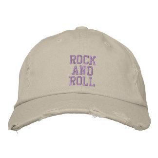 ROCK AND ROLL BONÉ BORDADO