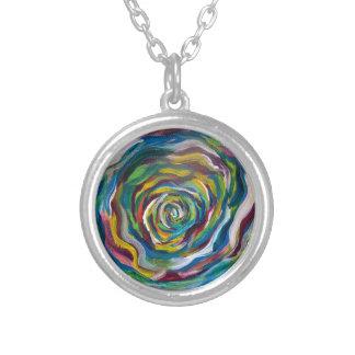 Roda de cores colar banhado a prata