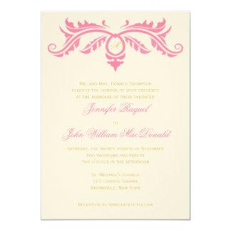 Rosa da pétala e rolo do ouro no papel de feltro convite 12.7 x 17.78cm