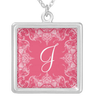 Rosa quente do monograma do casamento do colar banhado a prata