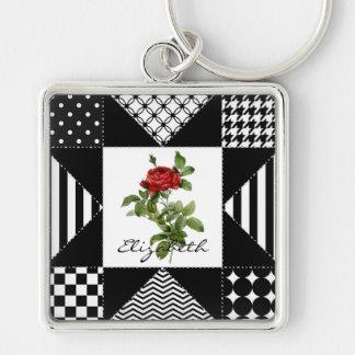 Rosa vermelha geométrica preto e branco feminino chaveiro quadrado na cor prata