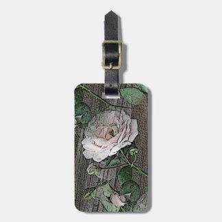 Rosas na madeira etiqueta de bagagem